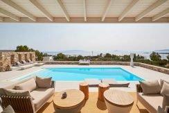 Luxury Villa in Lolandonis Beach , in Paros 6