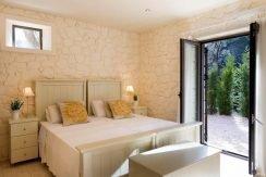 Stone Villa in Corfu Avlaki 10