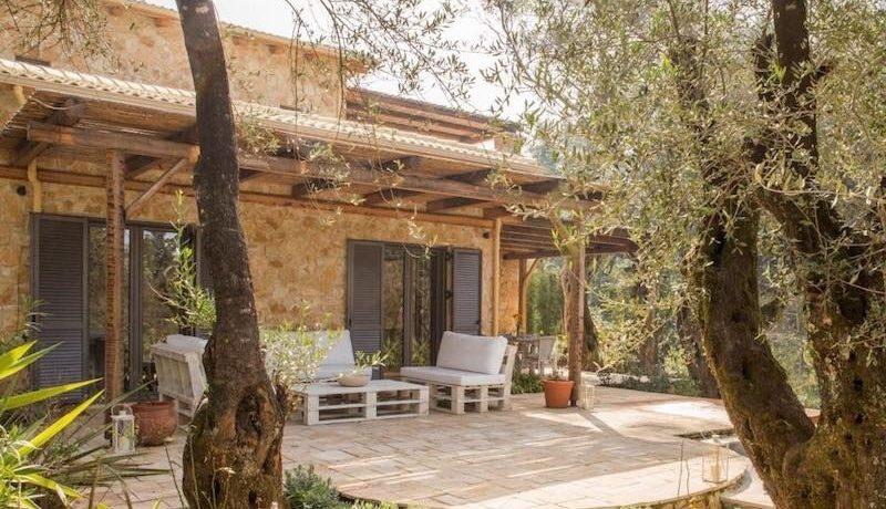 Stone Villa in Corfu Avlaki 9