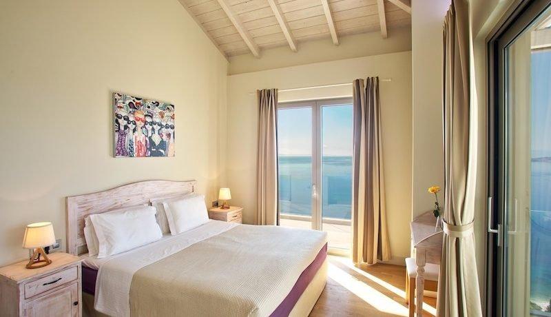 Stunning Waterfront Villa Corfu Nissaki17