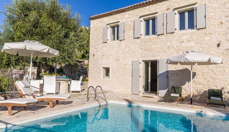 Villa Sales Corfu Nissaki 13