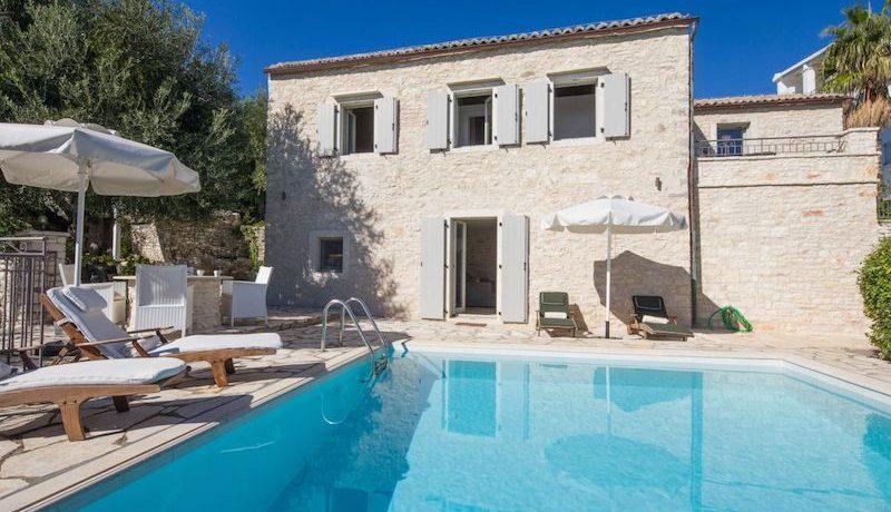 Villa Sales Corfu Nissaki 2