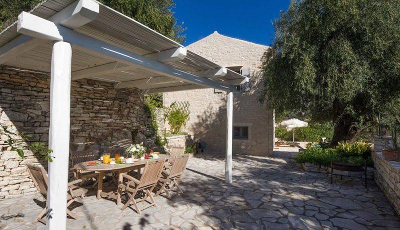 Villa Sales Corfu Nissaki 20