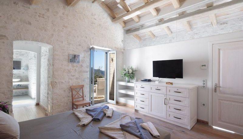 Villa Sales Corfu Nissaki 4