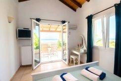 on the beach Villa in Corfu Kassiopi 10