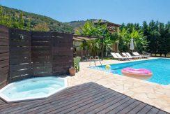 on the beach Villa in Corfu Kassiopi 15