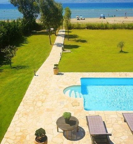 on the beach Villa in Corfu Kassiopi 19