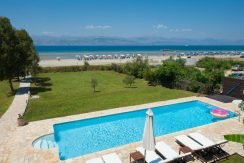 on the beach Villa in Corfu Kassiopi 21