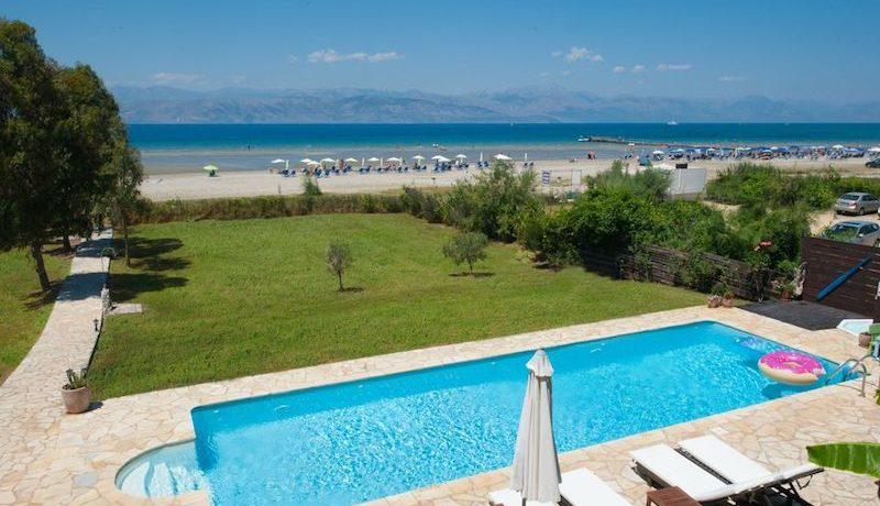 on the beach Villa in Corfu Kassiopi 21