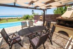 on the beach Villa in Corfu Kassiopi 6
