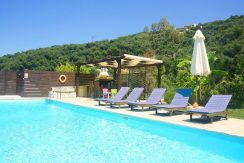 on the beach Villa in Corfu Kassiopi 8