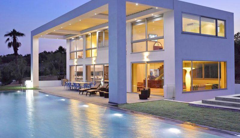 Amazing Beachfront Villa in Lesvos Island (Mytiline) 2