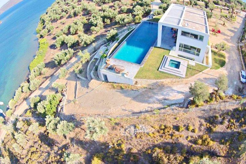 Amazing Beachfront Villa in Lesvos Island (Mytiline)