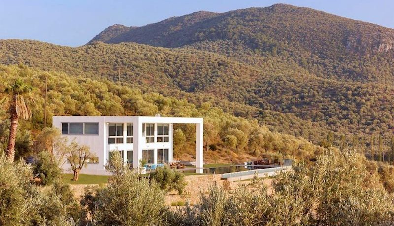 Amazing Beachfront Villa in Lesvos Island (Mytiline) 4