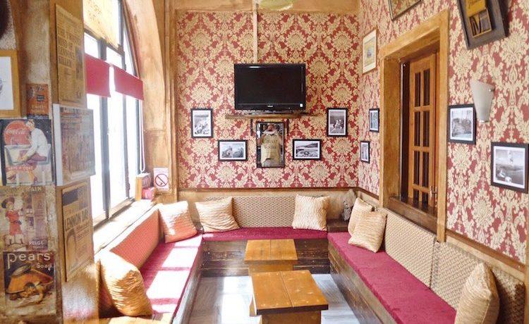 Bar For Sale at Kamari Santorini 3
