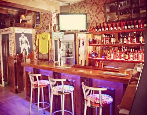 Bar For Sale at Kamari Santorini 4