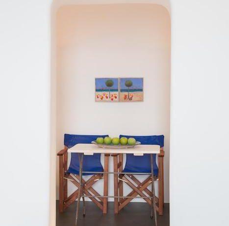 Luxury Cave Suite at Oia Santorini EXCLUSIVE 2