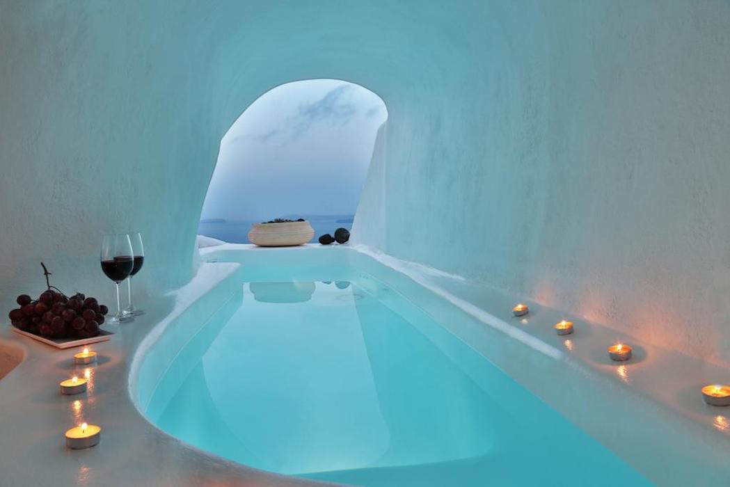 Luxury Cave Suite at Oia Santorini EXCLUSIVE