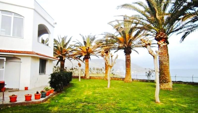 Seafront Villa with Big Land in Rethymno Crete 3