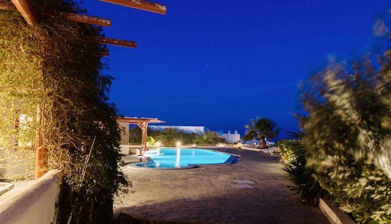 Villa for sale Santorini, Karterados 13