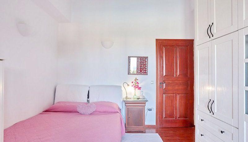 Villa for sale Santorini, Karterados 14