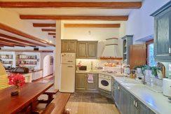 Villa for sale Santorini, Karterados 15