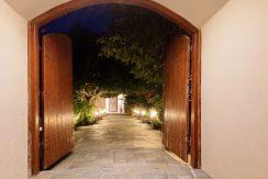 Villa for sale Santorini, Karterados 22