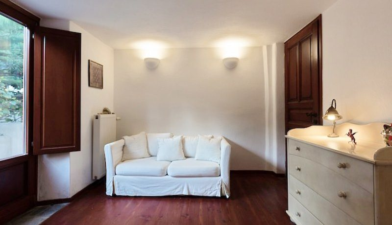 Villa for sale Santorini, Karterados 9