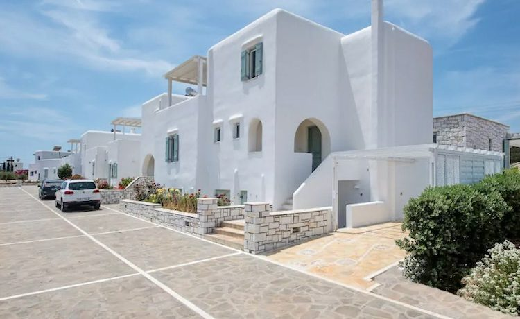 Villa in Paros, in Aliki 22