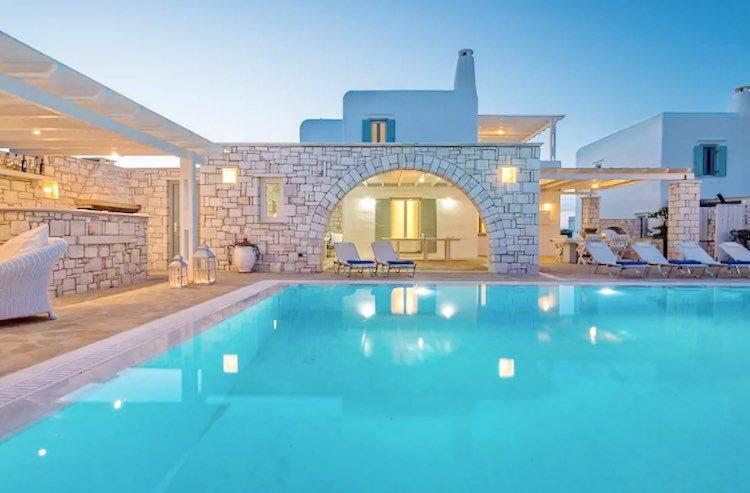 Villa in Paros, in Aliki