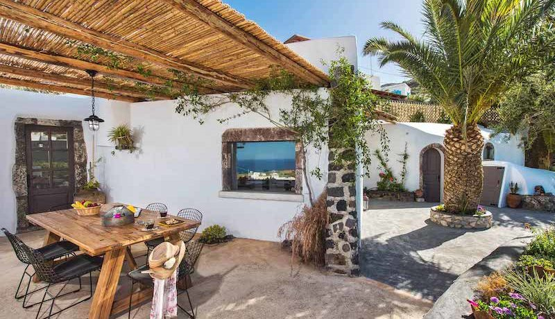 Single Houses at Santorini Voulvoulos House 1 5