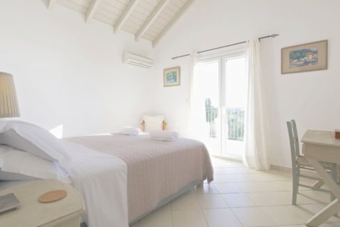 Villa in Corfu for Sale 14