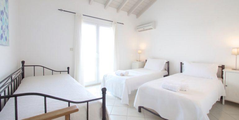 Villa in Corfu for Sale 15
