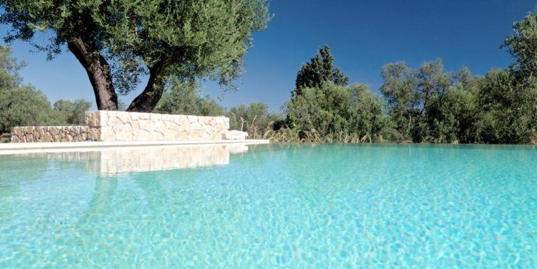 Villa in Corfu for Sale 3