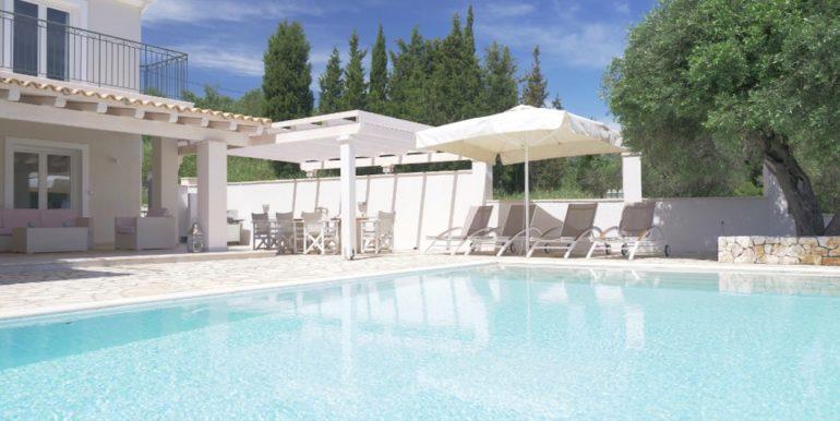 Villa in Corfu for Sale 4