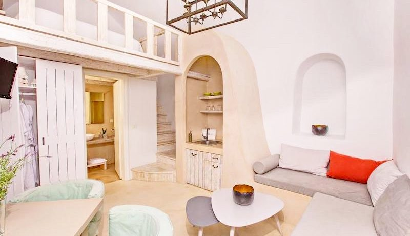 2 Caldera Cave Houses at Oia Santorini for Sale 11