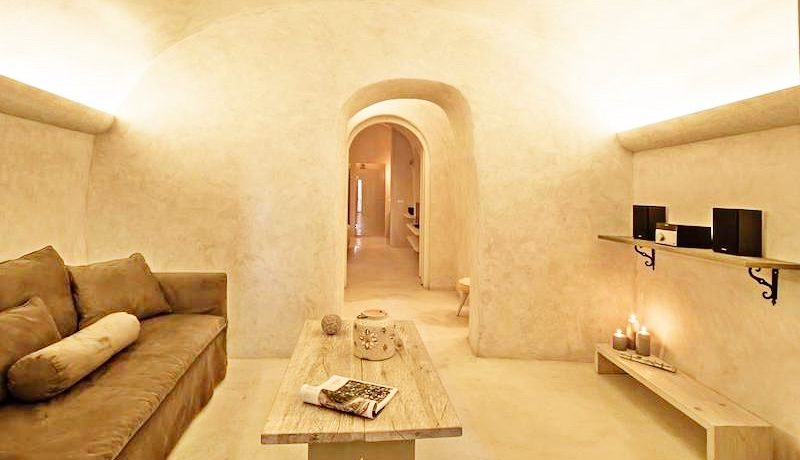 2 Caldera Cave Houses at Oia Santorini for Sale 15