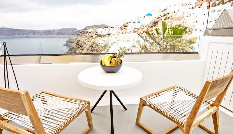 2 Caldera Cave Houses at Oia Santorini for Sale 8