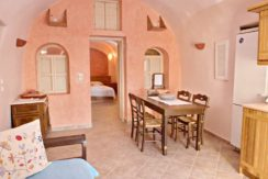Excellent Cave House at Oia of Santorini 9