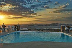 Super Villa in Mykonos with 5 Bedrooms and Sea Views 1