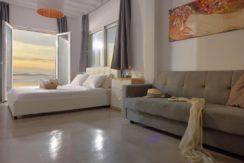 Super Villa in Mykonos with 5 Bedrooms and Sea Views 15