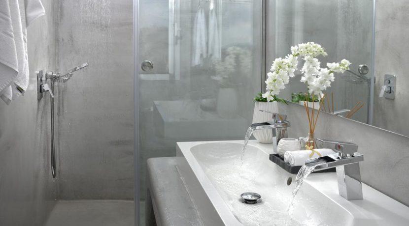 Super Villa in Mykonos with 5 Bedrooms and Sea Views 17