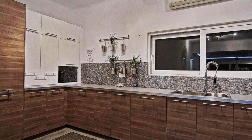Super Villa in Mykonos with 5 Bedrooms and Sea Views 2