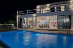 Super Villa in Mykonos with 5 Bedrooms and Sea Views 3