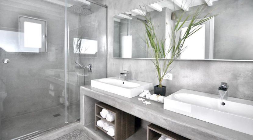 Super Villa in Mykonos with 5 Bedrooms and Sea Views 32