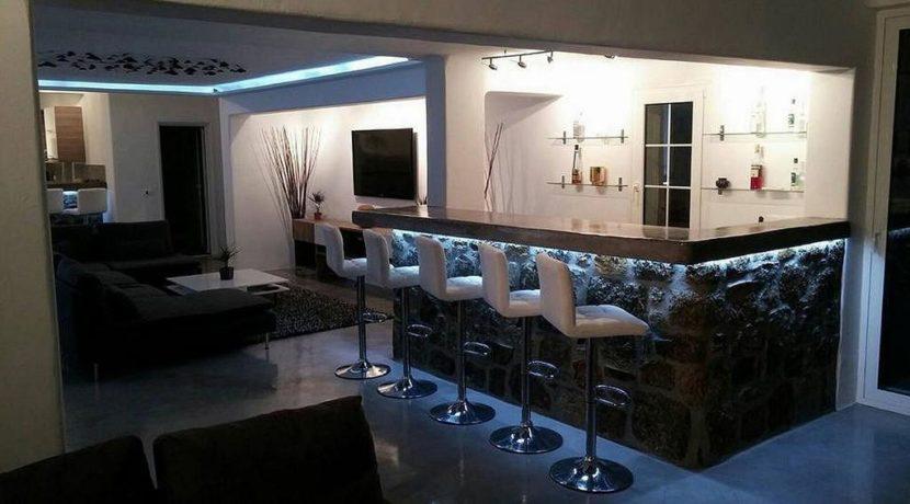 Super Villa in Mykonos with 5 Bedrooms and Sea Views 8