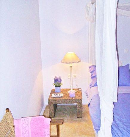 Villa at Oia Santorini Greece for Sale 18