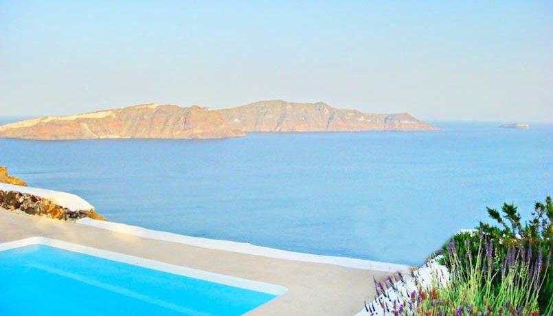 Villa at Oia Santorini Greece for Sale 24