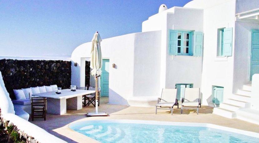 Villa at Oia Santorini Greece for Sale 25