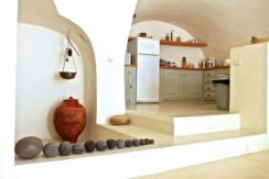 Villa at Finikia area of Oia, Santorini 12